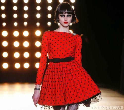 Модный показ новой коллекции Saint Laurent. Осень / зима 2015-2016