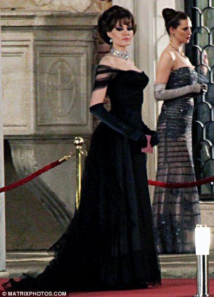 Ее величество... Анджелина Джоли