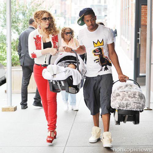 Мэрайя Кэри на прогулке с мужем и детьми