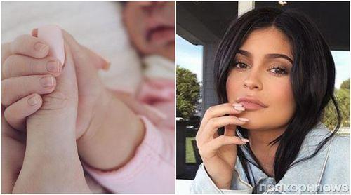 Фото новорожденной дочери Кайли Дженнер установило абсолютный рекорд в Instagram