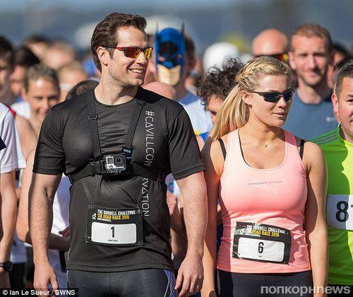 Генри Кэвилл поучаствовал в благотворительном марафоне со своей бывшей девушкой