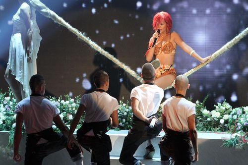 Сказочное выступление Рианны в Италии на шоу X-Factor