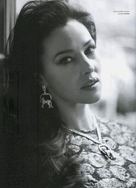 Моника Беллуччи в журнале Vogue Бразилия. Январь 2013