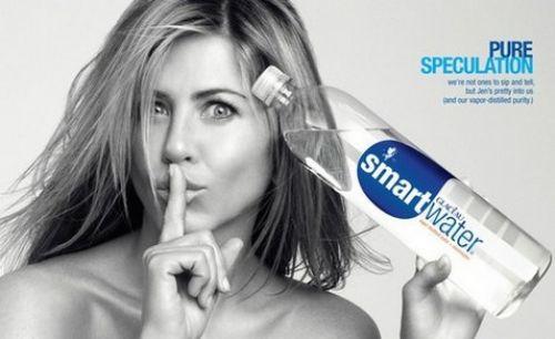 Дженнифер Энистон в рекламе Smart Water