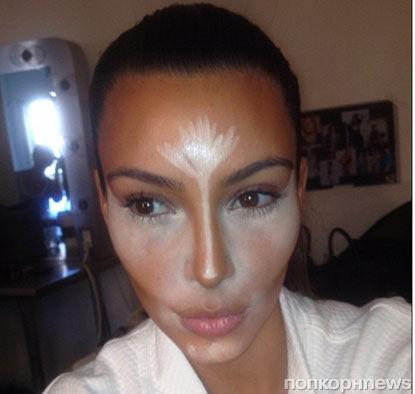 Ким Кардашиан преподала урок макияжа