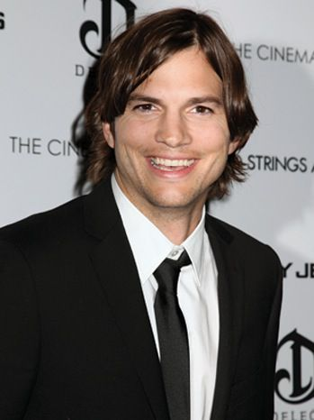 Эштон Кутчер подписал контракт на год с продюсерами CBS