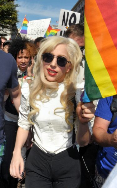 Lady GaGa на параде в защиту сексуальных меньшинств