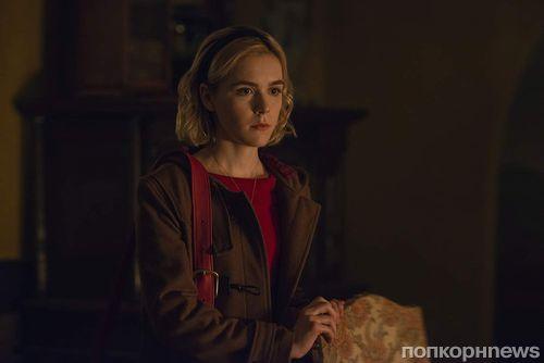 Netflix показала Салема в новом тизере сериала «Леденящие душу приключения Сабрины»