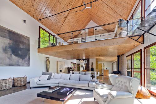 Халли Берри продает дом в Канаде