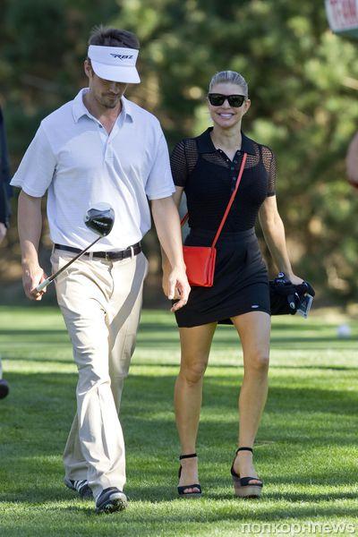 Ферги и Джош Дюамель на турнире по гольфу