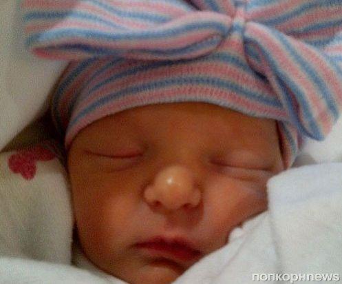 Первое фото дочери Джимми Фэллона