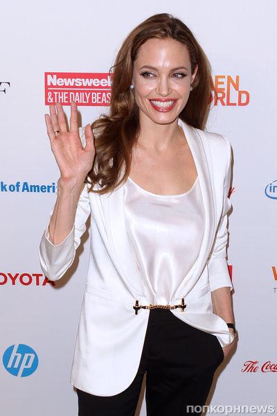 Анджелина Джоли отметила свой день рождения дома