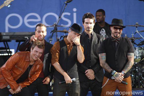 Backstreet Boys вернулись на сцену