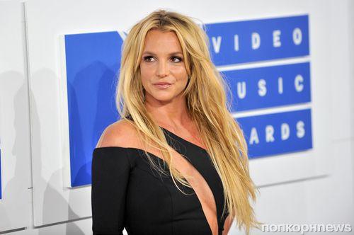 Бритни Спирс еще раз доказала, что отлично поет «вживую» (видео)