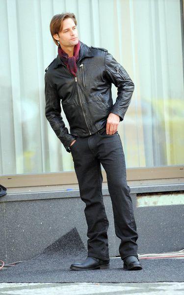 Джош Холлоуэй на съемках «Миссии невыполнима 4»