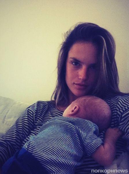Алессандра Амбросио отметила день рождения сына