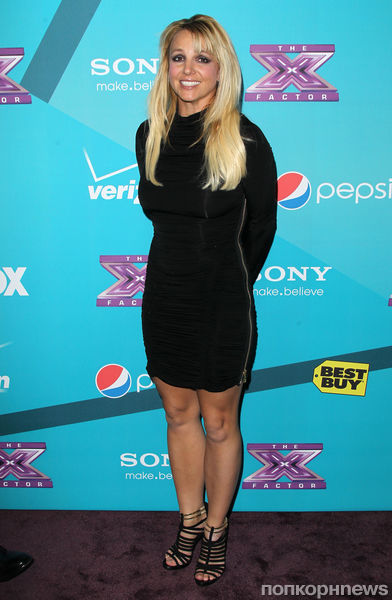 Звезды на вечеринке шоу The X Factor
