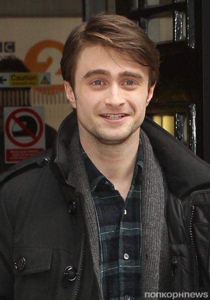 """У Дэниела Рэдклиффа есть дела получше, чем смотреть """"Гарри Поттера"""""""