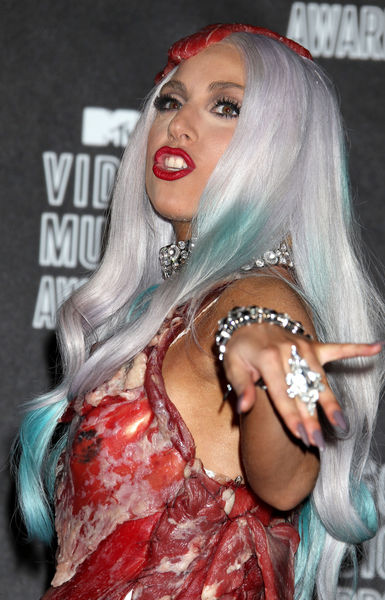 Lady GaGa не умеет одеваться