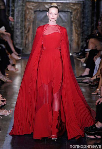 Модный показ Valentino Haute Couture. Осень / зима 2012-2013