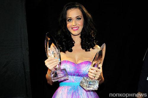 Кэти Перри обрушилась с критикой на церемонии вручения наград