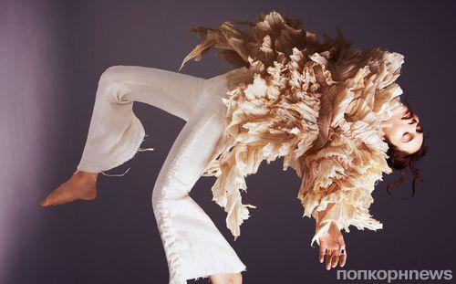 Лили Джеймс в журнале Glamour. Март 2016