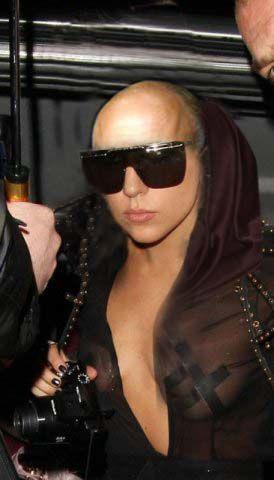 Lady Gaga теряет свои волосы