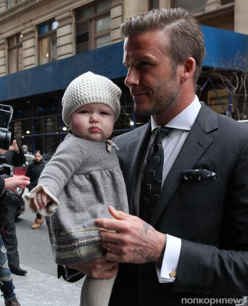 Виктория и Дэвид Бэкхем с дочерью в Нью-Йорке