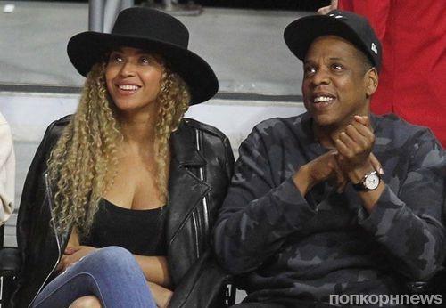 Бейонсе и Jay-Z перестали носить обручальные кольца