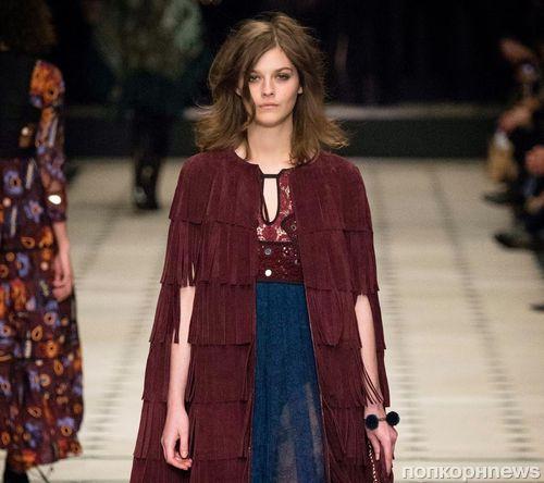 Модный показ новой коллекции Burberry. Осень / зима 2015-2016