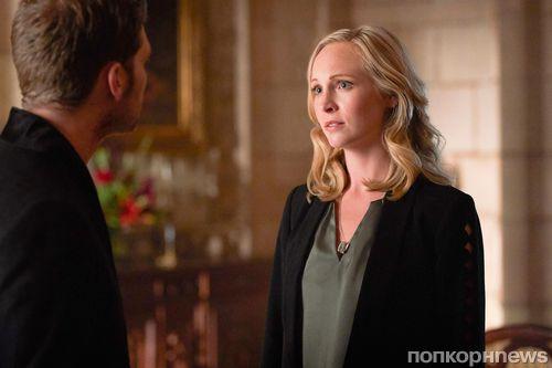 Шоураннер «Древних» обещает «совершенно новые» отношения Клауса и Кэролайн в 5 сезоне