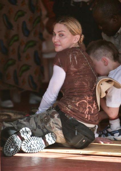 Дело Мадонны об удочерении рассмотрят повторно