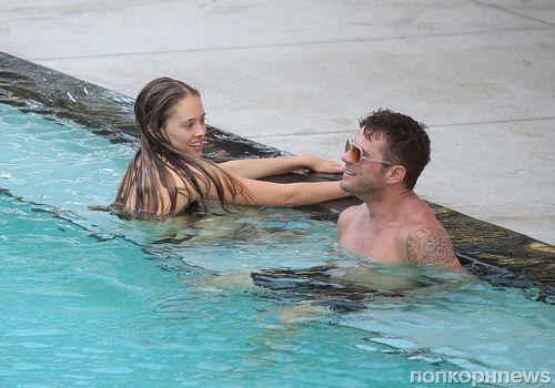 Райан Филлипп отдыхает в Майами