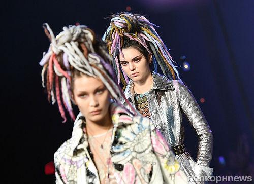 Ирина Шейк и Кендалл Дженнер примерили дреды на показе Marc Jacobs