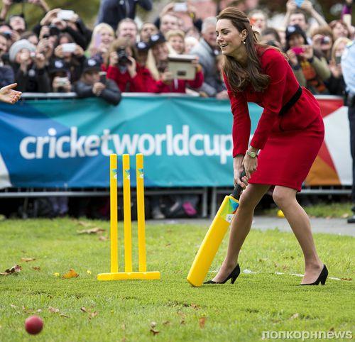 Принц Уильям и Кейт Миддлтон сыграли в крикет