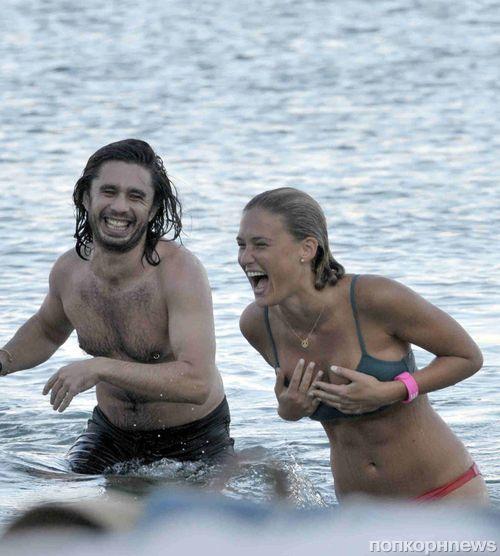 Бар Рафаэли отдыхает в Греции