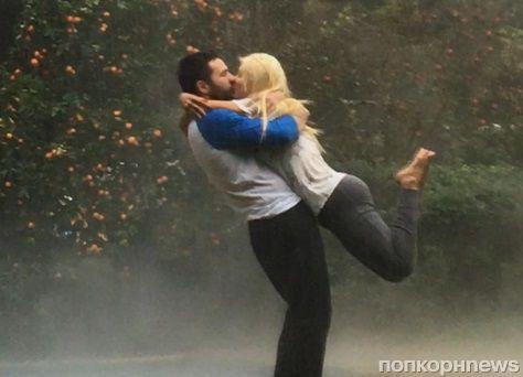 Кристина Агилера показала романтичное фото из личного архива