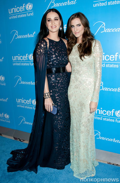 Звезды на снежном балу UNICEF 2012