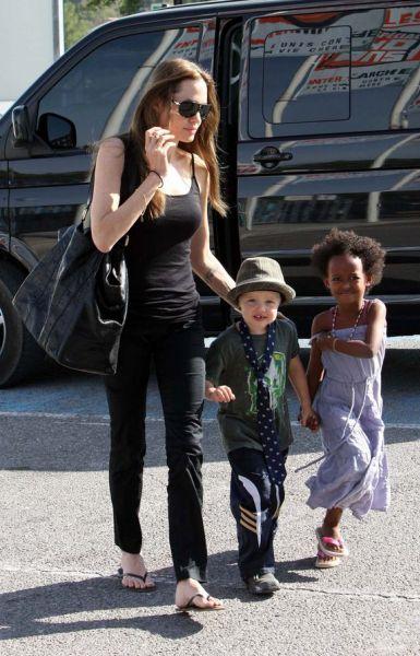 Анджелина Джоли: «Наша дочка Шайло хочет быть мальчиком»