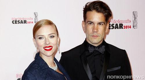 Муж Скарлетт Йоханссон угрожает ей разводом, если она вернется в Голливуд
