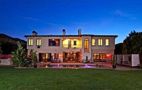 Аврил Лавин продает дом в Лос-Анджелесе за 9,5 миллионов долларов