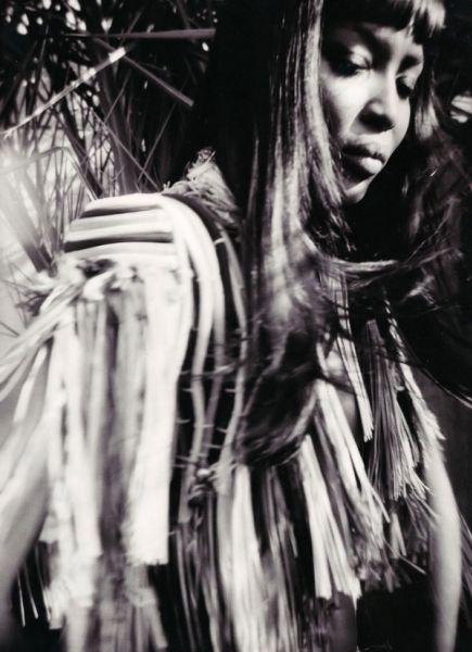 Наоми Кэмпбелл в журнале Pop