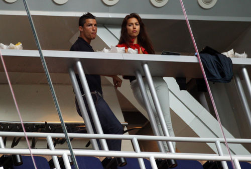 Криштиану Роналду и Ирина Шейк на мачте Real Madrid и Real Zaragona