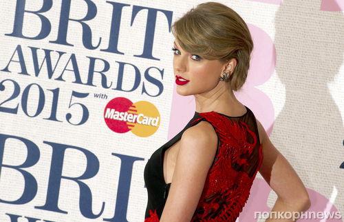 Тейлор Свифт застраховала ноги на 40 миллионов долларов