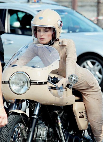 Кира Найтли на съемках рекламы Coco Mademoiselle