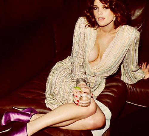 Эшли Грин в каталоге Осень / Зима 2010 French Revue de Modes