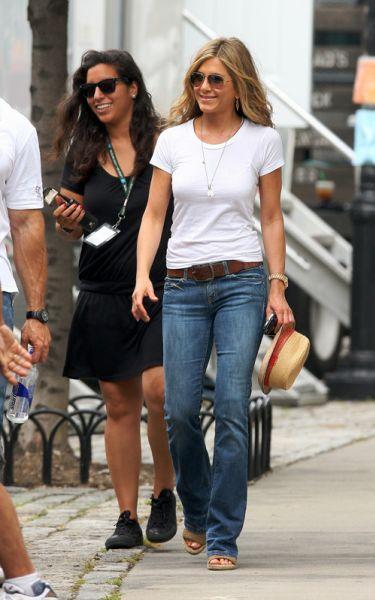 "Дженнифер Энистон и Джерард Батлер на съемках ""The Bounty"""