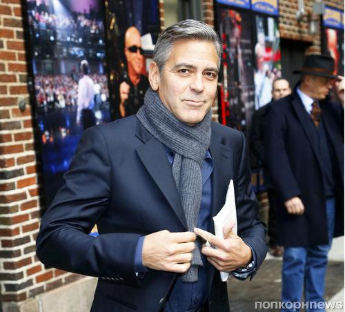 Джордж Клуни пошутил по поводу вражды Гвинет Пэлтроу и журнала Vanity Fair
