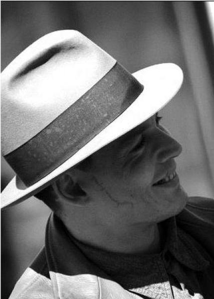 """Джонни Депп на съемках фильма """"Грабители банков"""""""