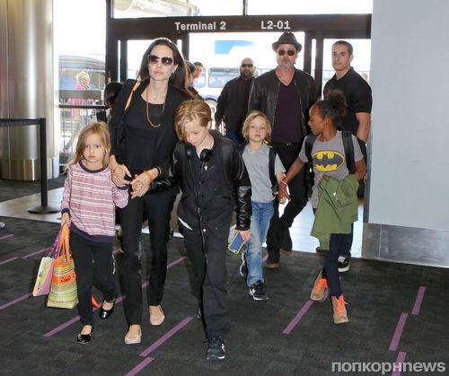 Как Брэд Питт и Анджелина Джоли отметили 7-летие детей Нокса и Вивьен?